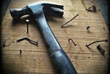FMB: Consumer fears over cowboy builders costs UK economy £10bn