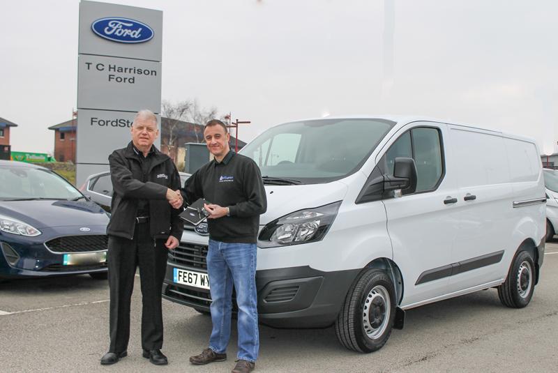 Tradesman wins new van thanks to Airflow