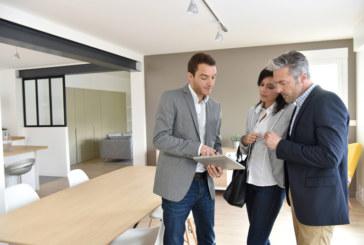 Elmhurst Energy launches free insurance cover