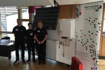 Students showcase energy saving heat battery