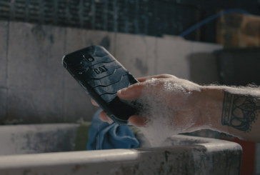 Cat S42: The first fully antibacterial phone