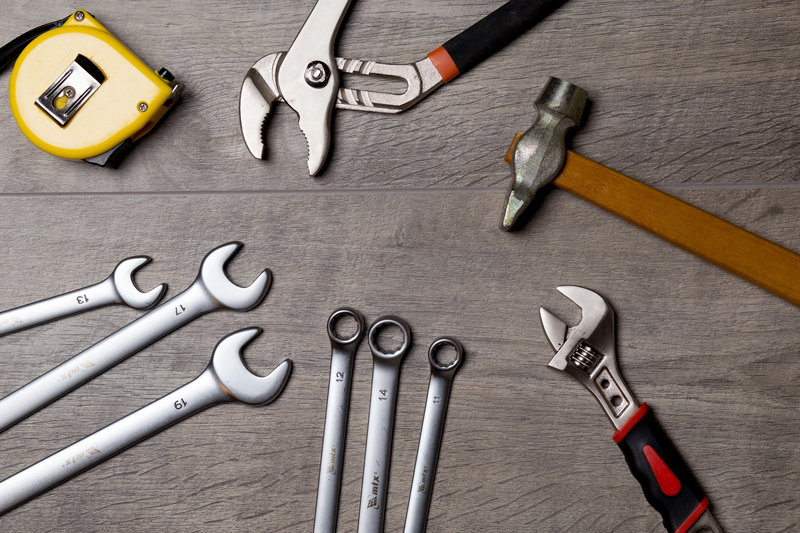 Multi-skilled tradespeople find it hard to attract new customers