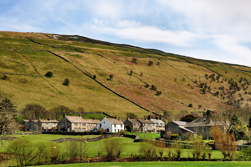 "Decarbonisation of rural homes ""at risk due to high costs"""