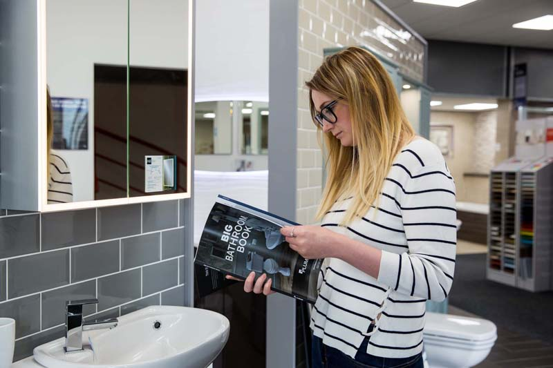 Four tips for achieving the latest bathroom looks