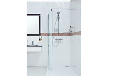Roman Embrace Curved Wetroom Panel